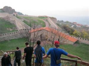 От върха на Калето се вижда като на длан цялата околност.
