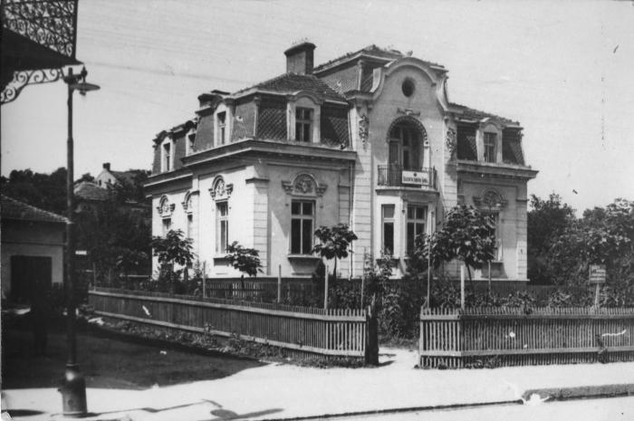 Лом, къщата на Никола Алтимирски, бивше Военно окръжие   снимка: Петиция за възстановяване